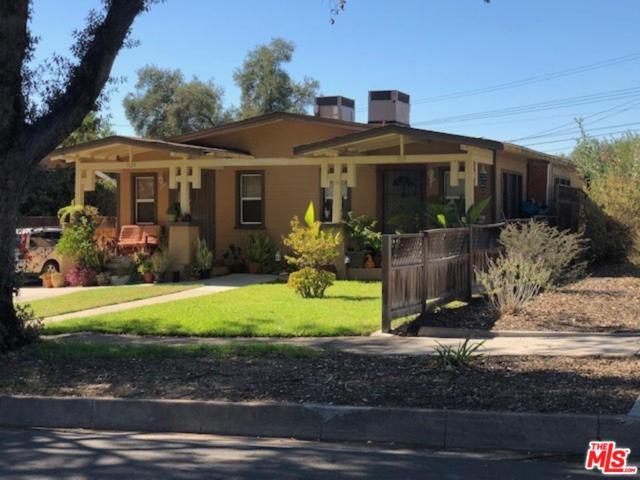 1129 N Sierra Bonita Avenue, Pasadena, CA 91104 (#18416080) :: Paris and Connor MacIvor