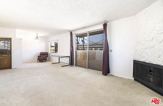 1131 California Avenue #304, Santa Monica, CA 90403 (#19518582) :: Lydia Gable Realty Group
