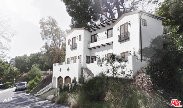 3225 Ledgewood Drive, Hollywood Hills East, CA 90068 (#19522806) :: Lydia Gable Realty Group