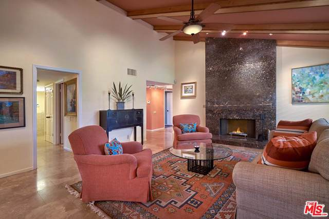 36 Tennis Club Drive, Rancho Mirage, CA 92270 (#19522932) :: The Pratt Group