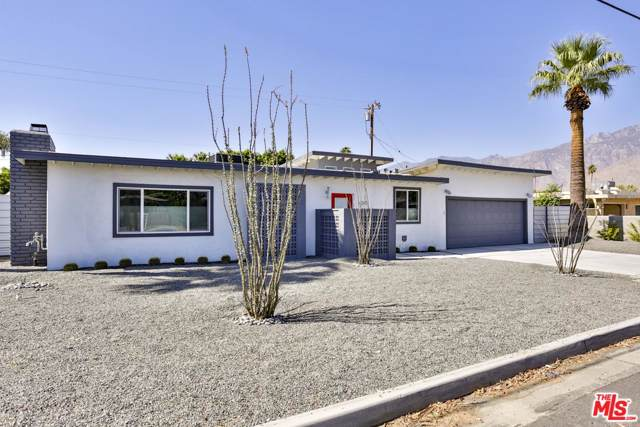 4345 E Camino Parocela, Palm Springs, CA 92264 (#19521596) :: The Pratt Group