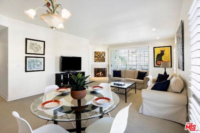 1706 Colby Avenue #301, Los Angeles (City), CA 90025 (#19525262) :: Pacific Playa Realty