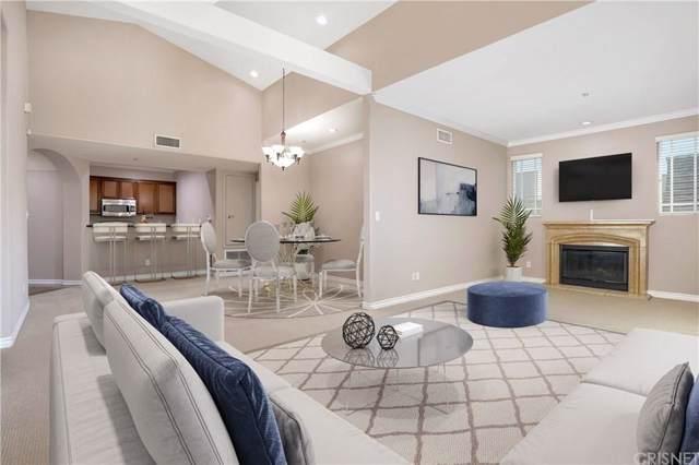 10715 Camarillo Street #302, Toluca Lake, CA 91602 (#SR19257301) :: Golden Palm Properties