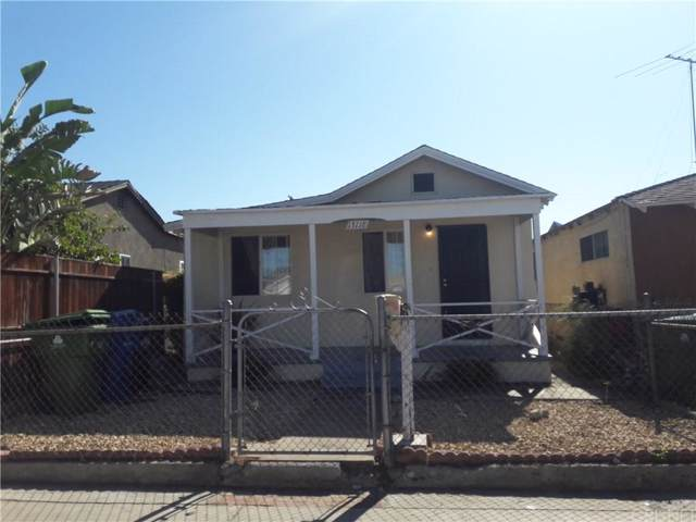 13118 Hoyt Street, Pacoima, CA 91331 (#SR19259477) :: The Fineman Suarez Team