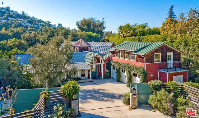4047 Beck Avenue, Studio City, CA 91604 (MLS #19528098) :: Hacienda Agency Inc
