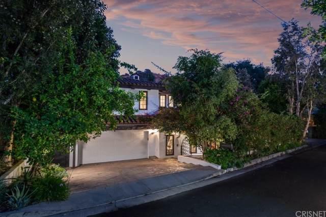 15023 Encanto Drive, Sherman Oaks, CA 91403 (#SR19262612) :: DSCVR Properties - Keller Williams