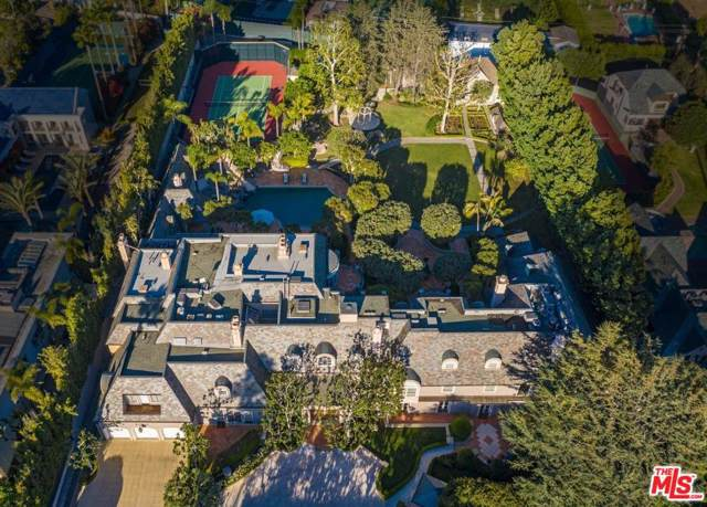 806 N Rexford Drive, Beverly Hills, CA 90210 (#19529584) :: Pacific Playa Realty