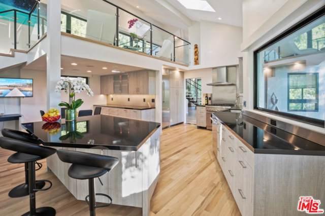 28327 Foothill Drive, Agoura Hills, CA 91301 (#19529458) :: Golden Palm Properties