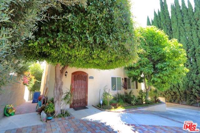 516 N Mariposa Avenue, Los Angeles (City), CA 90004 (#19529880) :: The Fineman Suarez Team