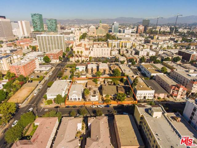 2877 Francis Avenue, Los Angeles (City), CA 90005 (#19530128) :: The Fineman Suarez Team