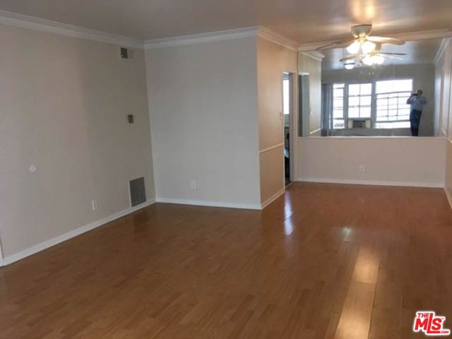1435 S Canfield Avenue #1, Los Angeles (City), CA 90035 (#19530004) :: The Agency
