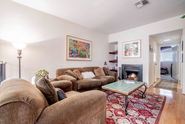 5320 Colodny Drive #5, Agoura Hills, CA 91301 (#219013866) :: The Fineman Suarez Team
