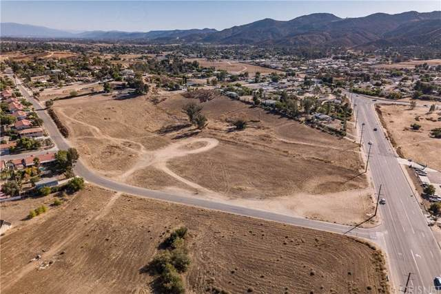 34920 Mission Trail, Wildomar, CA 92595 (#SR19267413) :: The Pratt Group
