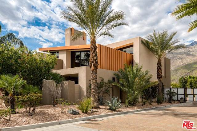445 N Avenida Caballeros, Palm Springs, CA 92262 (#19529384) :: Randy Plaice and Associates