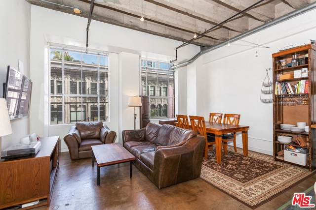 312 W 5TH Street #819, Los Angeles (City), CA 90013 (#19531026) :: TruLine Realty