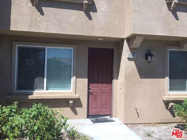 27945 Avalon Drive, Canyon Country, CA 91351 (#19531592) :: Randy Plaice and Associates