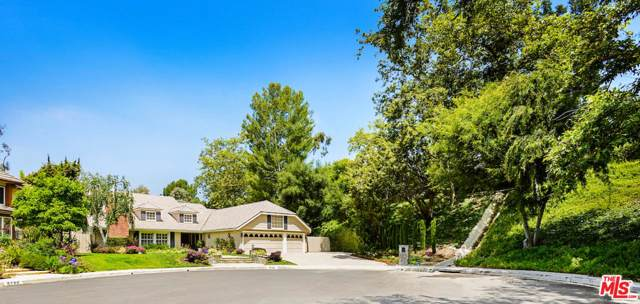 9796 Burnley Place, Beverly Hills, CA 90210 (MLS #19531670) :: Bennion Deville Homes