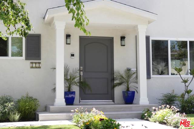 441 N Mansfield Avenue, Los Angeles (City), CA 90036 (#19531992) :: TruLine Realty