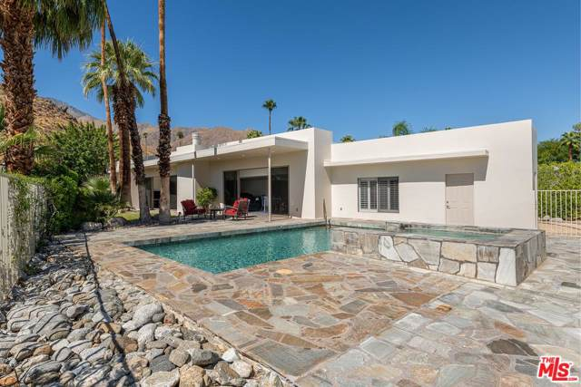 855 W Panorama Road, Palm Springs, CA 92262 (#19533400) :: TruLine Realty