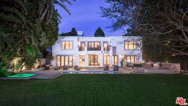 12000 Crest Court, Beverly Hills, CA 90210 (#19534540) :: The Agency
