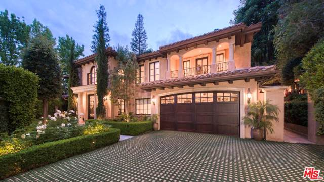 3145 Abington Drive, Beverly Hills, CA 90210 (#19533786) :: Golden Palm Properties