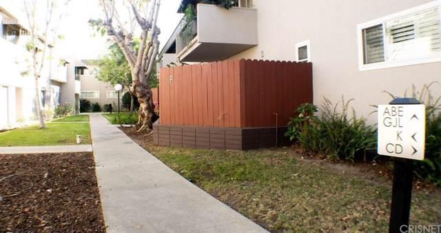 3300 S Sepulveda Boulevard F3, Los Angeles (City), CA 90034 (#SR19258566) :: Randy Plaice and Associates