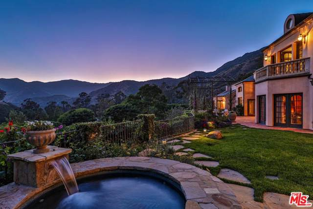 3250 Serra Road, Malibu, CA 90265 (#19535038) :: Golden Palm Properties