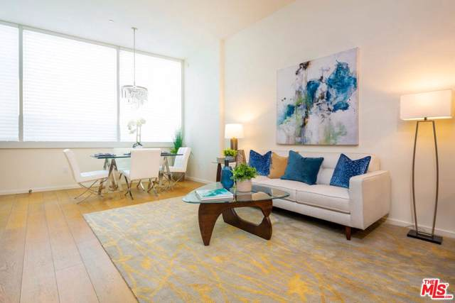 1705 Ocean Avenue #102, Santa Monica, CA 90401 (#19535096) :: Pacific Playa Realty