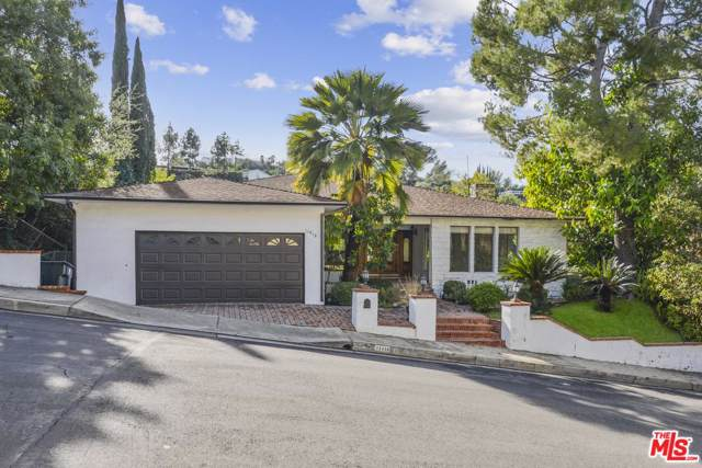 11418 Dona Pegita Drive, Studio City, CA 91604 (#19536970) :: Golden Palm Properties