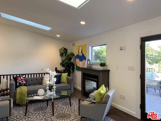 13745 Bessemer Street, Valley Glen, CA 91401 (#19536986) :: Golden Palm Properties