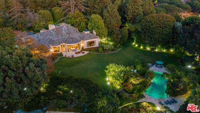 9901 Copley Drive, Beverly Hills, CA 90210 (#20540994) :: The Agency