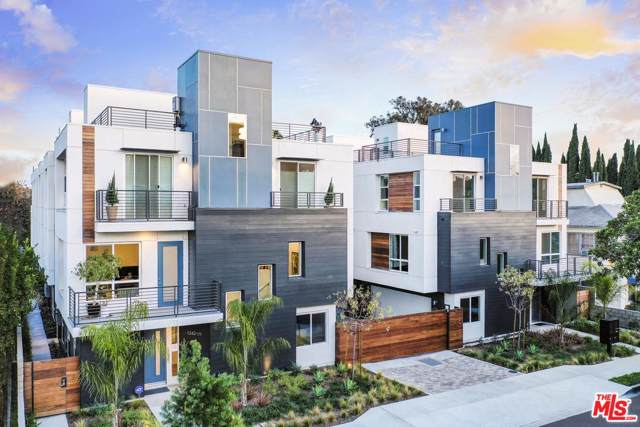 1338 N Sycamore Avenue #5, Hollywood, CA 90028 (#20541718) :: The Agency