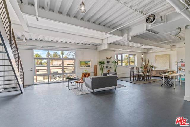 1010 Sycamore Avenue #217, South Pasadena, CA 91030 (#20541756) :: TruLine Realty