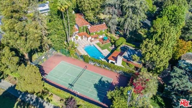 808 Woodacres Rd, Santa Monica, CA 90402 (MLS #20-541838) :: The Jelmberg Team