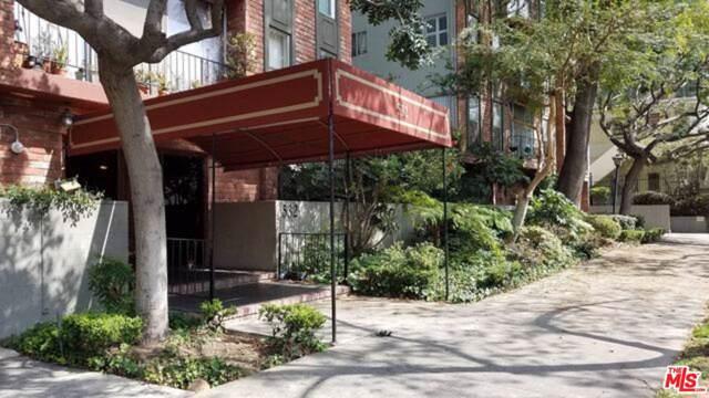 532 N Rossmore Avenue #206, Los Angeles (City), CA 90004 (#20543508) :: Pacific Playa Realty