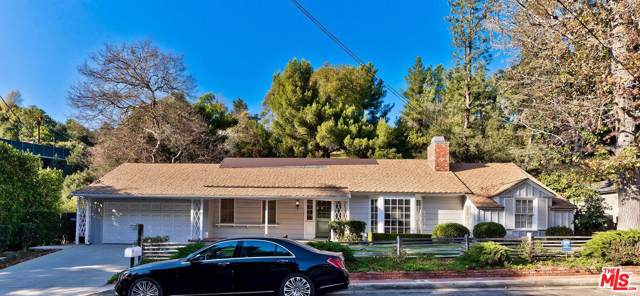 2621 Hutton Drive, Beverly Hills, CA 90210 (#20543364) :: Pacific Playa Realty