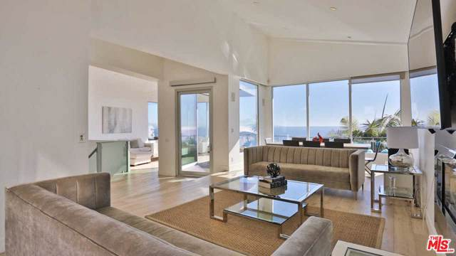 3833 Paseo Hidalgo Street, Malibu, CA 90265 (#20542230) :: Pacific Playa Realty