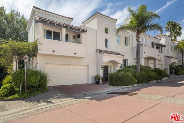 6435 Zumirez Drive #20, Malibu, CA 90265 (#20544820) :: Pacific Playa Realty
