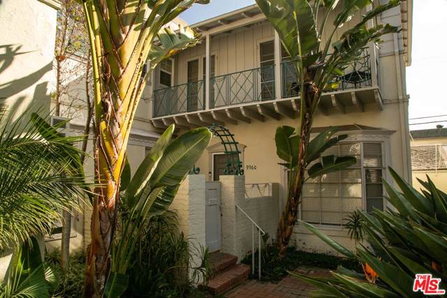 9958 Durant Drive, Beverly Hills, CA 90212 (#20545538) :: The Agency