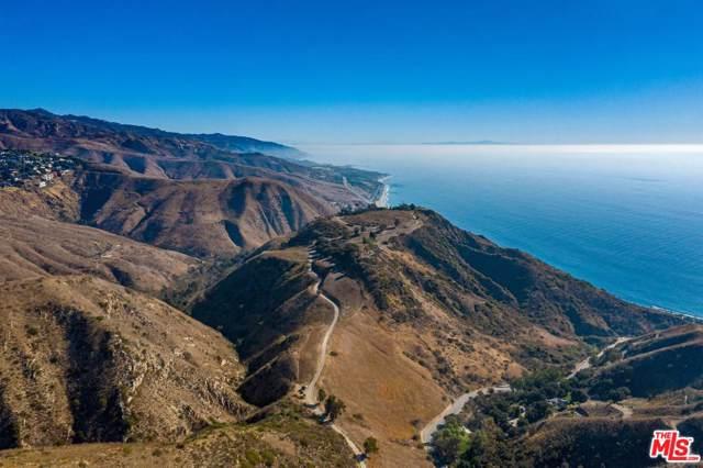 5902 Latigo Canyon Road, Malibu, CA 90265 (#20546108) :: The Suarez Team