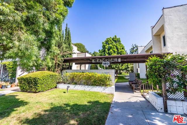 11813 Runnymede #53, North Hollywood, CA 91605 (MLS #20546608) :: The Jelmberg Team