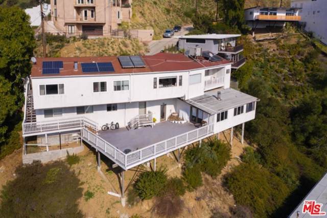 8744 Skyline Drive, Los Angeles (City), CA 90046 (#20545664) :: The Parsons Team