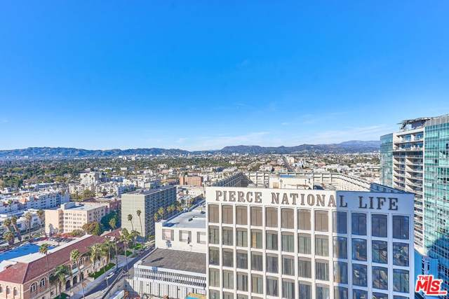 3810 Wilshire #1703, Los Angeles (City), CA 90010 (#20547130) :: Lydia Gable Realty Group