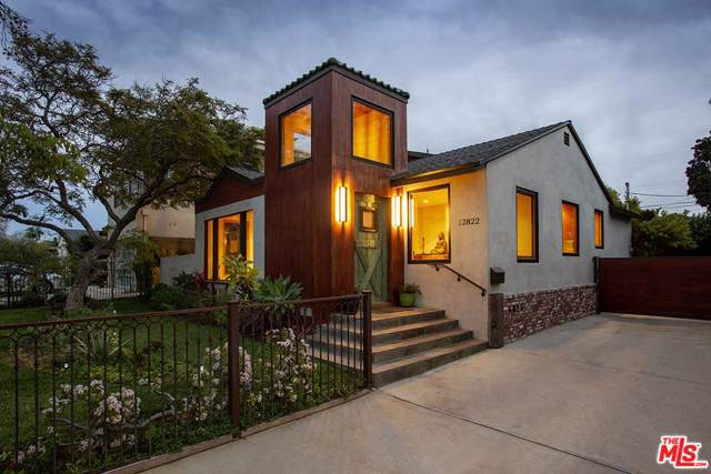 12822 Stanwood Drive, Los Angeles (City), CA 90066 (#20546060) :: TruLine Realty