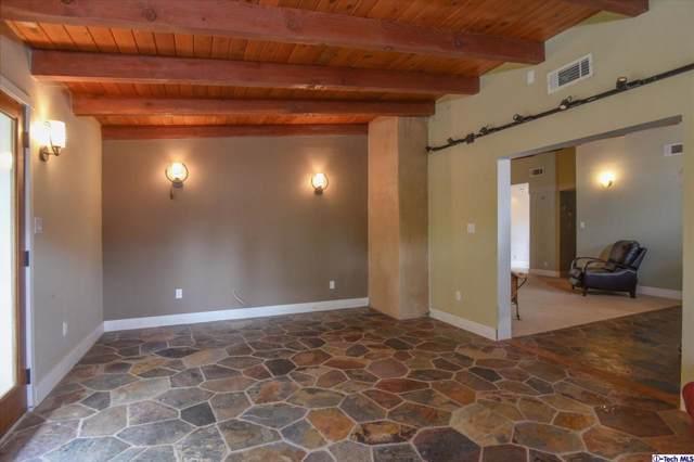 19741 Friar Street, Woodland Hills, CA 91367 (#320000327) :: Randy Plaice and Associates
