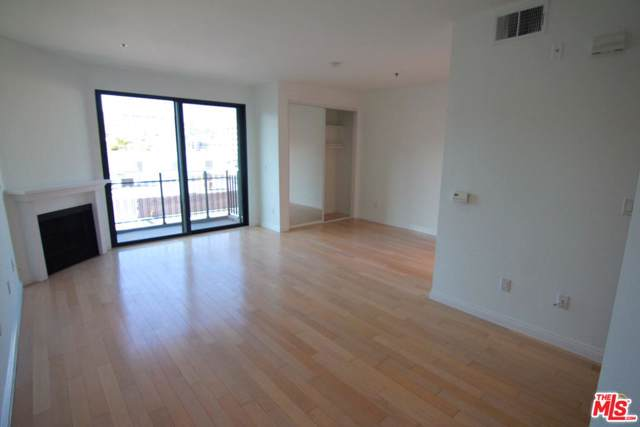8811 Burton Way #307, West Hollywood, CA 90048 (#20548476) :: The Agency
