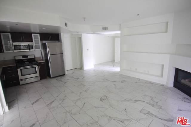 940 Larabee Avenue #203, West Hollywood, CA 90069 (MLS #20548482) :: The John Jay Group - Bennion Deville Homes