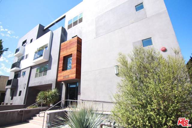 11925 Kling Street #409, Valley Village, CA 91607 (MLS #20548498) :: The John Jay Group - Bennion Deville Homes