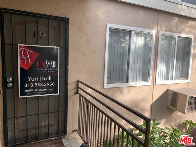 7133 N Coldwater Canyon Avenue #15, North Hollywood, CA 91605 (#20548508) :: The Agency