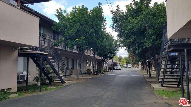 13931 Oxnard St, Van Nuys, CA 91401 (MLS #20-551394) :: Zwemmer Realty Group